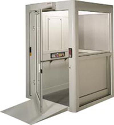 Enclosed Vertical Platform Lift Equipment To Assist
